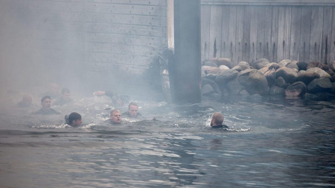 Episode 1. Aspiranternes chock-start i episode 1. Vandet er 10-12 grader varmt - eller snarere koldt